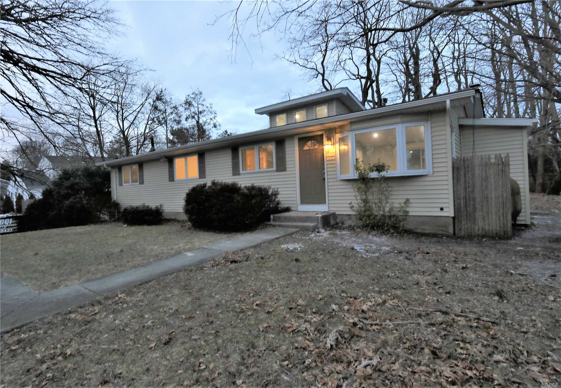 DIAMOND RENOVATED 3BR 2BTH RANCH W/WALK OUT FULL FINISHED BSMT. GREAT MOTHER /DAUGHTER OR INCOME EARNING POTENTIAL.FEATURES CATHEDRAL CEILINGS, WOOD FLOORS, BRAND NEW KITCHENS & BTHS.QUARTZITE COUNTERS, NEW CARPETS, & FRESHLY PAINTED .NICE LARGE YARD-WONT LAST.
