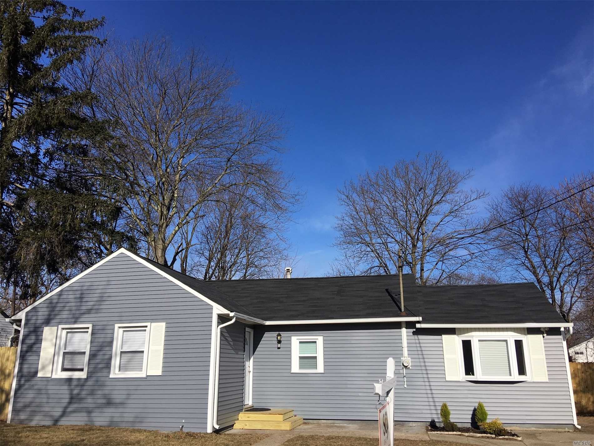 Beautifully Renovated 4-Bedroom Ranch On A Great Block. Wont Last! Open Floor-Plan With New Kitchen W/New Appliances, New Bathroom, New Hardwood Floors, New Roof & Siding, New Plumbing. Too Many More New Items To List. Property Offered For The First 21 Days To Prospective Buyers Making < $109, 000 / 120% Of Ami - Up To $2, 500 Available For Qualified Buyers Based On Income Guidelines.