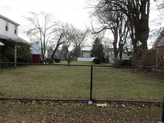 Attention Builders!! Flat And Cleared .25 Acre In South Huntington Schools. Great Opportunity! Sellers Will Sell Subject To Building Permit. A Must See! Please Do Not Walk Property!