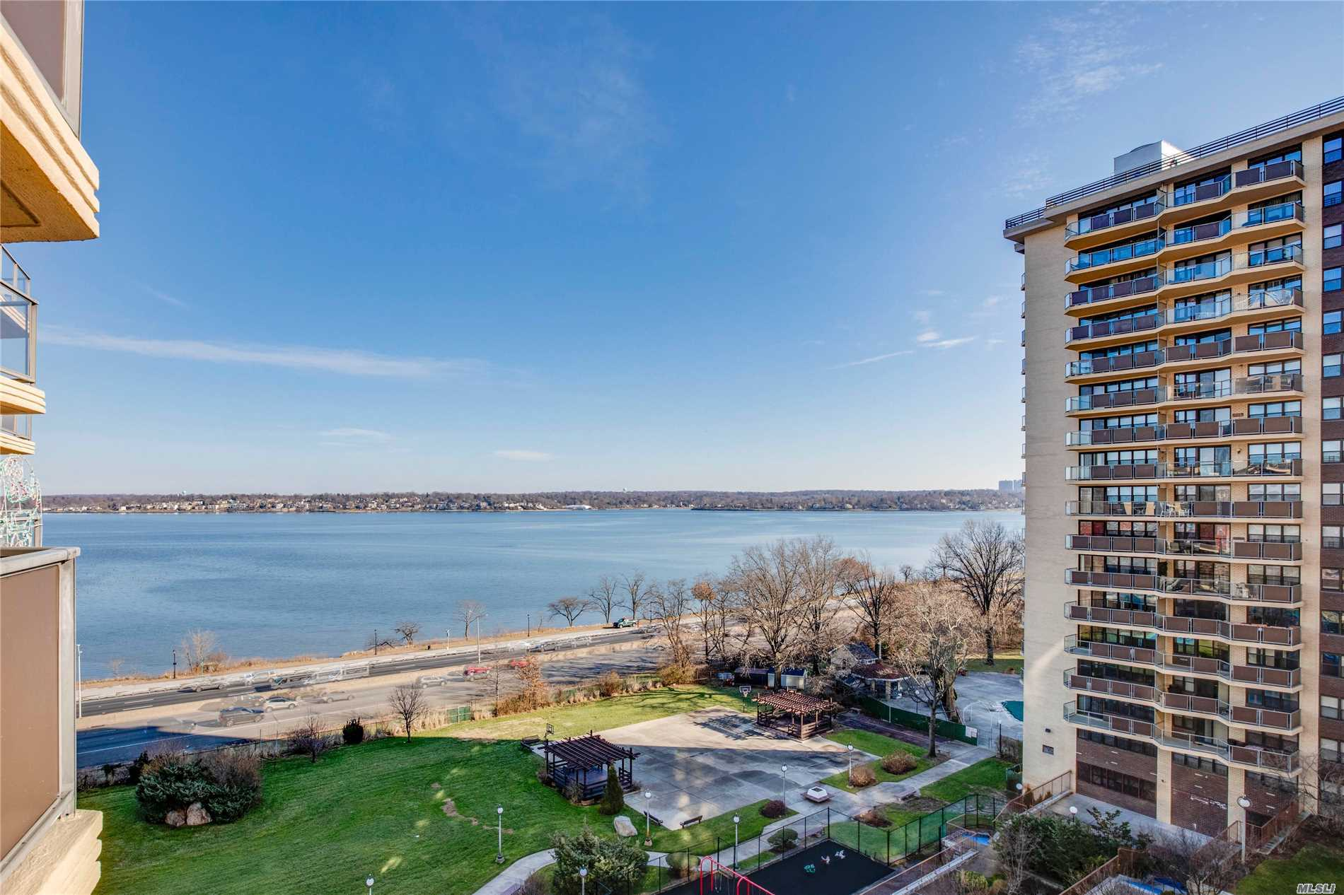 Bayside One Bedroom Co-Op In The Desirable Dog Friendly Americana At The Towers Of Waters Edge. Prime Location Offering Resort Style Living With 24 Hour Doorman, Health Club, Outdoor Heated Pool, Tennis, On-Site Convenience Store, /Cafe, Dry Cleaners And Salon. Maintenance $993.34 Electric $90.75 Amervserv $100, Outdoor Pkg $102. Indoor Pkg $154.