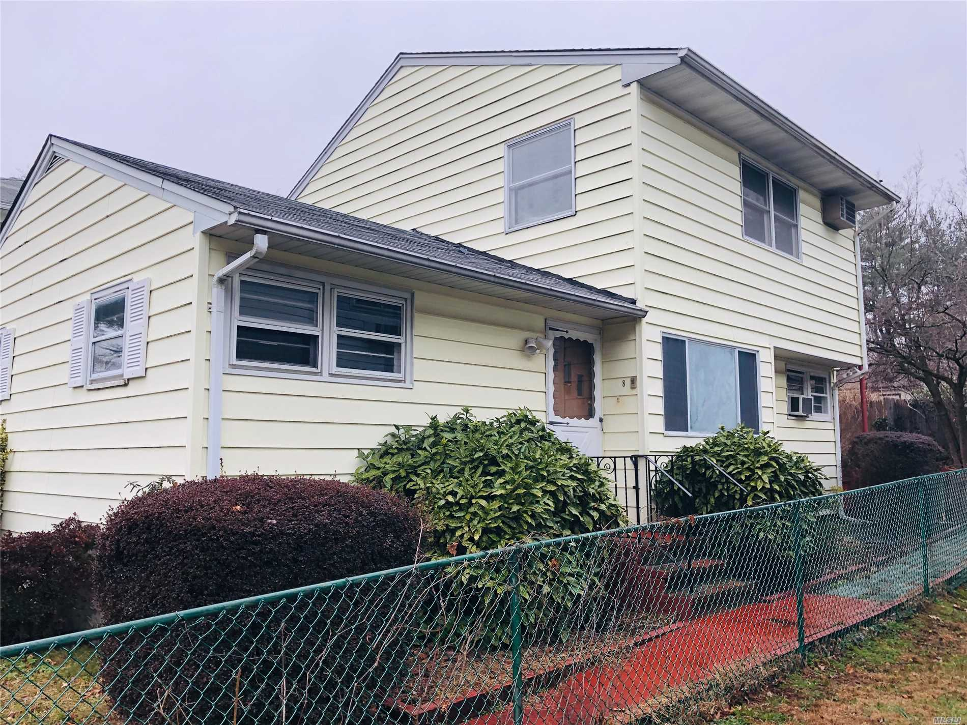 Sunfilled Hugh 4 Bedroom, 2 Full Bths, Living Room/Dining Room, Set On Oversized Lot Fully Fenced, Private Driveway, Dead End Street, North Shore Schools. Pets Allowed.