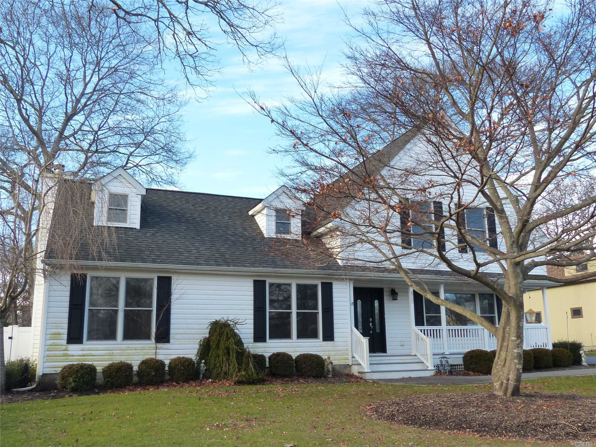 Beautiful Custom Home Featuring 8 Total Rooms, 4 Bedrooms, & 2.5 Baths! Large Rooms Throughout, Including An Eat In Kitchen, Formal Dining Room, Den, Living Room, & 4 Bedrooms! Full Basement, Central Air, & Wood Flooring! Full 1/2 Acre Fenced Lot! *Please Note The Taxes Will Be Reassessed After The Final C/O Has Been Issued.*