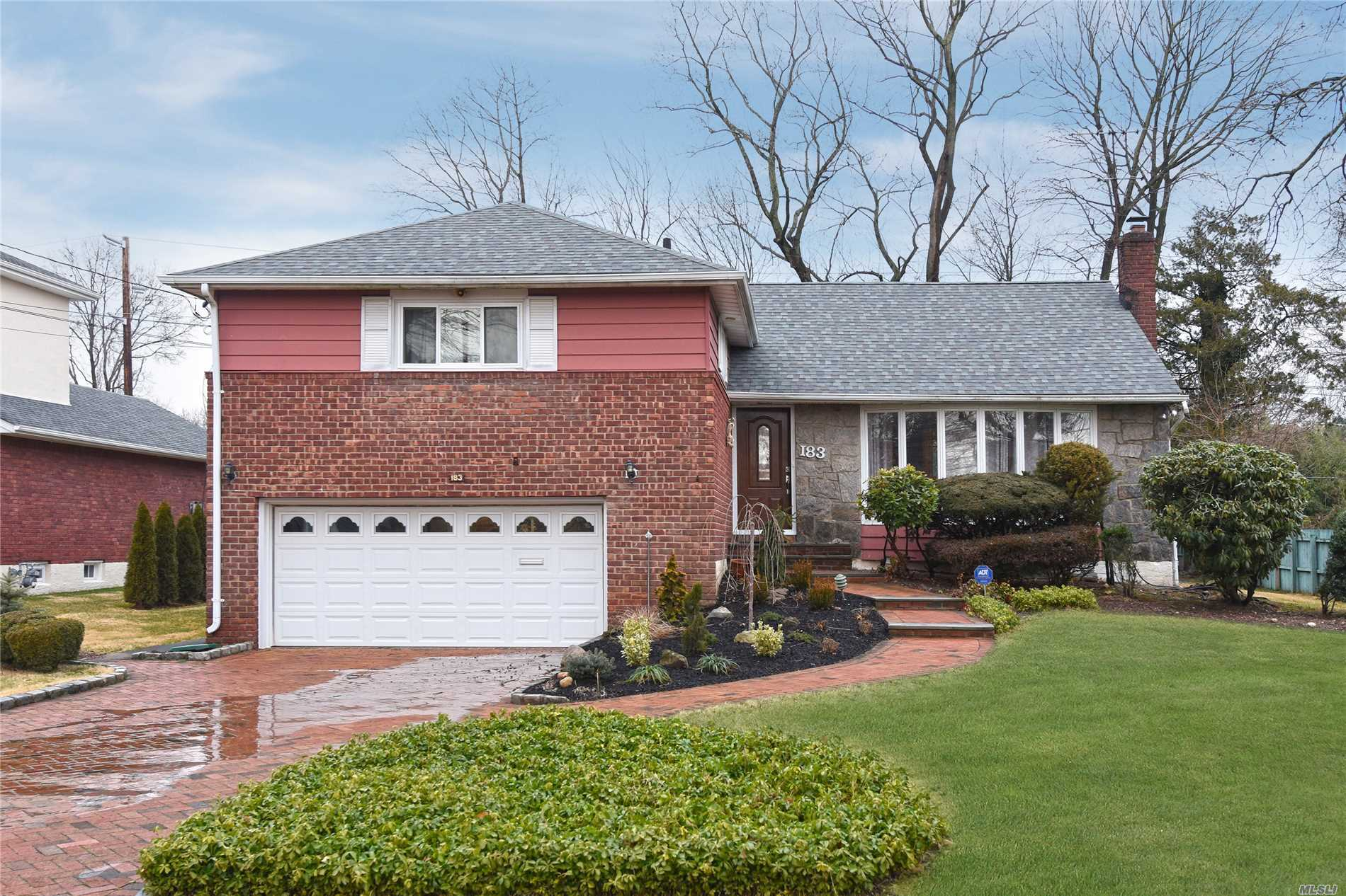 Herricks School! Manhasset Hills! Super Mint Split Level Home In Prime Manhasset Hills. Totally Renovated In 2011. New Kitchen, New Bathrooms, New Windows, New Roof, New Gas Boiler, New Sprinklers, Central Vacuum And More! Turn-Key Property!