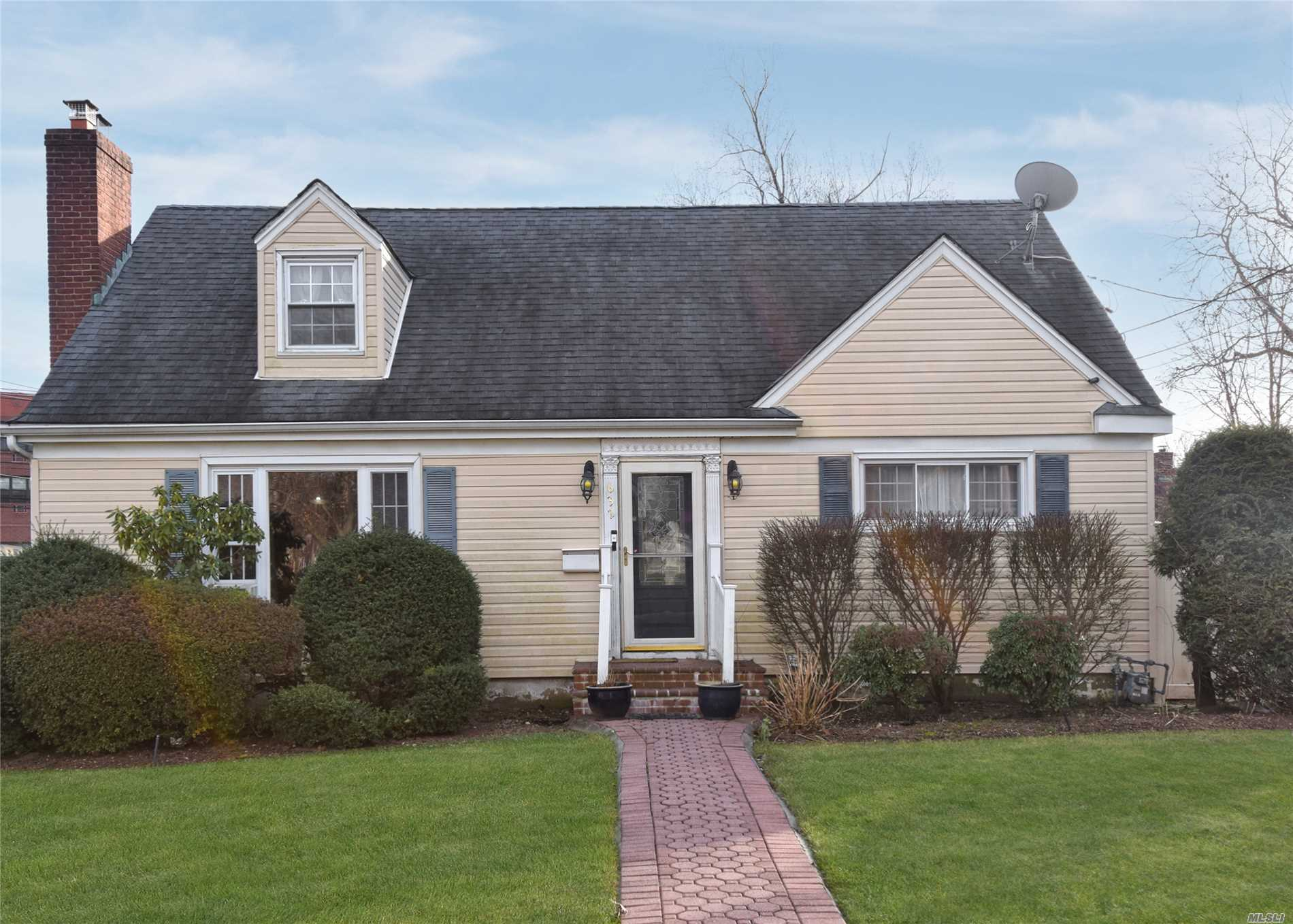 Beautiful Expanded Cape Situated On A Quiet Tree-Lined Block In The Village Of Westbury. Very Close To Pakways, Lirr Station, Restaurants And Shopping Malls. 4 Bedrooms And 3 Baths, Fully Finished Basement With Living Area And Movie Theater Room. Huge, Private Backyard With Beautiful Pond And A Deck.