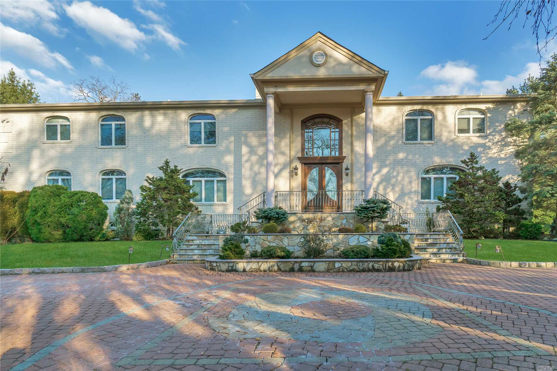 Custom Home-Best Of Everything/5 Balconies/Easy Family Compound/Proper C.O.