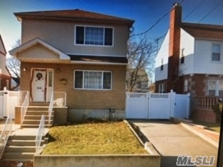 Beautiful House, 13 Years Young, 7 Bed Rooms, 5 Bath Rooms, Immaculate Condition, Suitable For Large Family, Recently Updated, Hard Wood Floors, Taxes From Public Record, Please Verify.