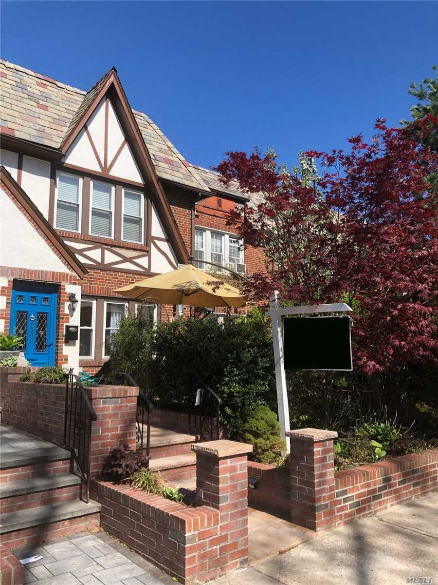 Renovated Brick Townhouse Home, Professionally Designed W/ Greatest Impression Of Comfort And Efficiency Located In Heart Of Forest Hills. An Open Floor plan Features A Lr W/ Operating frpl, Dr With A Spectacular Island Kit W Quartz Counter Tops & High-End Samsung Appliances. Convenient 1/2 Bath Situated On 1st Level In Carrera Marble, 3 Spacious Brs On 2nd Fl W/ Skylights, Luxurious Full Bath, Premium Flooring Throughout, Cellar W/ Open Layout, Full Bath, High Ceilings, Recessed Lighting.
