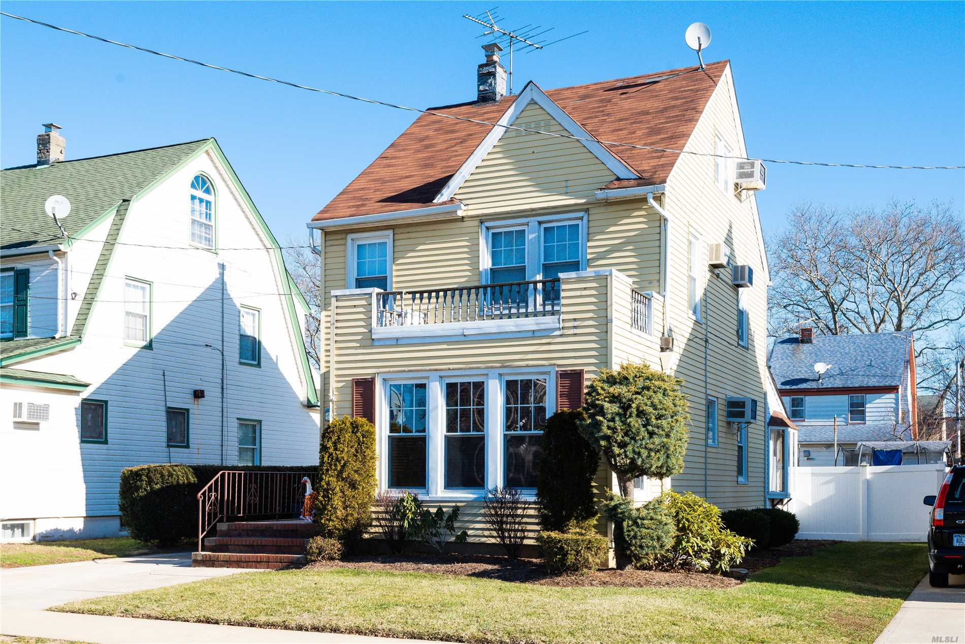 Charming Colonial With Three Bedrooms, 2 Baths. Beautiful Backyard Patio For Entertaining. Gorgeous Details Found Inside With Stained Glass Windows, Wood Inlays, And New Carpet. Tons Of Attic Storage. Close To Shopping, Lirr, Hospitals, And More.