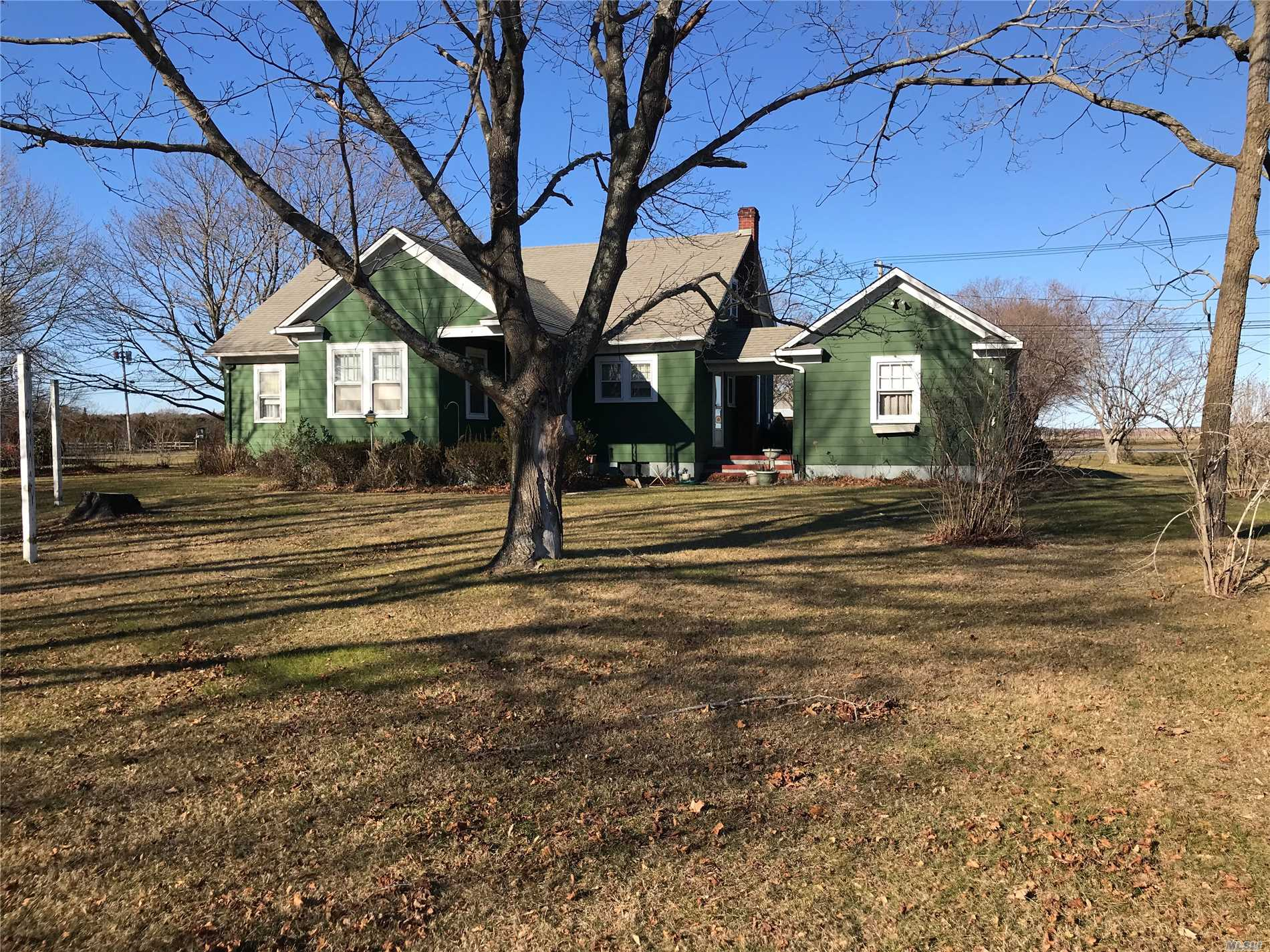 Custo Designed And Built Craftsman Style 3 Br 2 Bath Ranch. Large Walk Around Attic, Full Basement And Detached Garage. Spacious With Hardwood Floors On 1 Acre. 2 Open Air Porches.