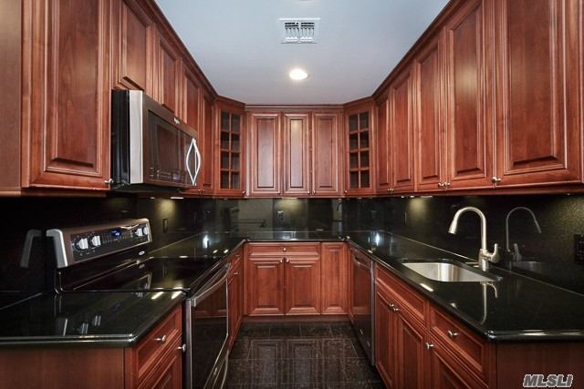 Granite Kitchen Floor/Countertop Gold Series Stainless Steel Appliances! Washer/Dryer! Tuscany Cabinets With Led Lightening. Hi-Hat Lights/Ceiling Fans, 2-Tone Paint/Crown Molding, Carpet. Granite And Marble Bath/Granite Vanitytop. Frameless Shower/Some Stall. Central Air. Some Terrace. Free Clubhouse/Fitness/Activities/Jitney Bus Trips/Events.