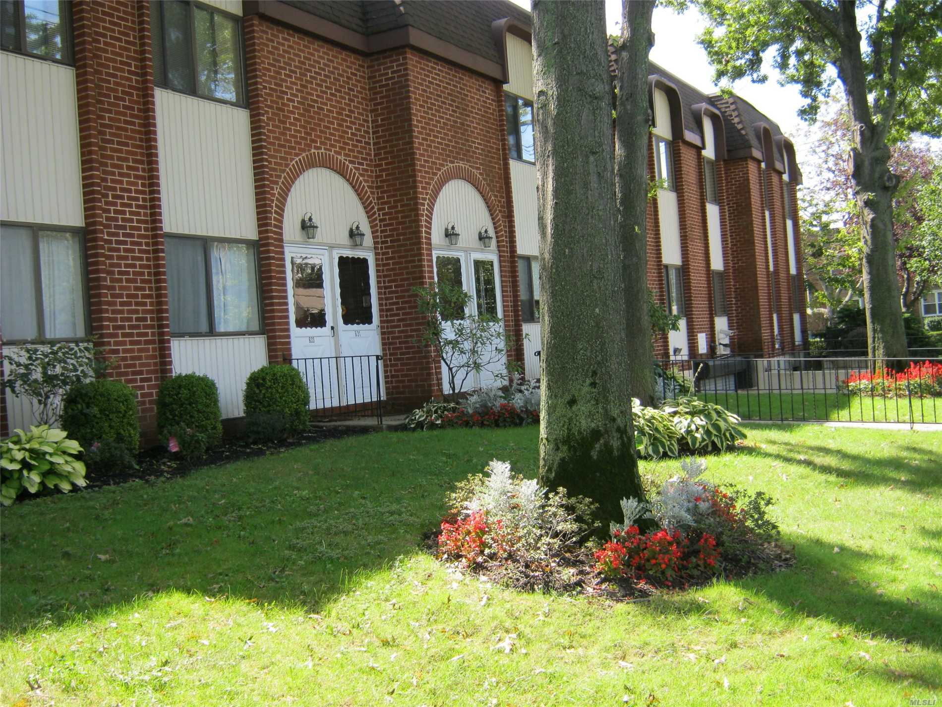Townhouse 2nd Floor. All New. Hardwood Floors, Washer & Dryer In The Unit, Central Air, Govt Subsides Accepted, Granite Kitchen, 1.5 Bathrooms, Garage Parking Addition Fee 95/Month. Mandatory To Take One Spot, Walk To All