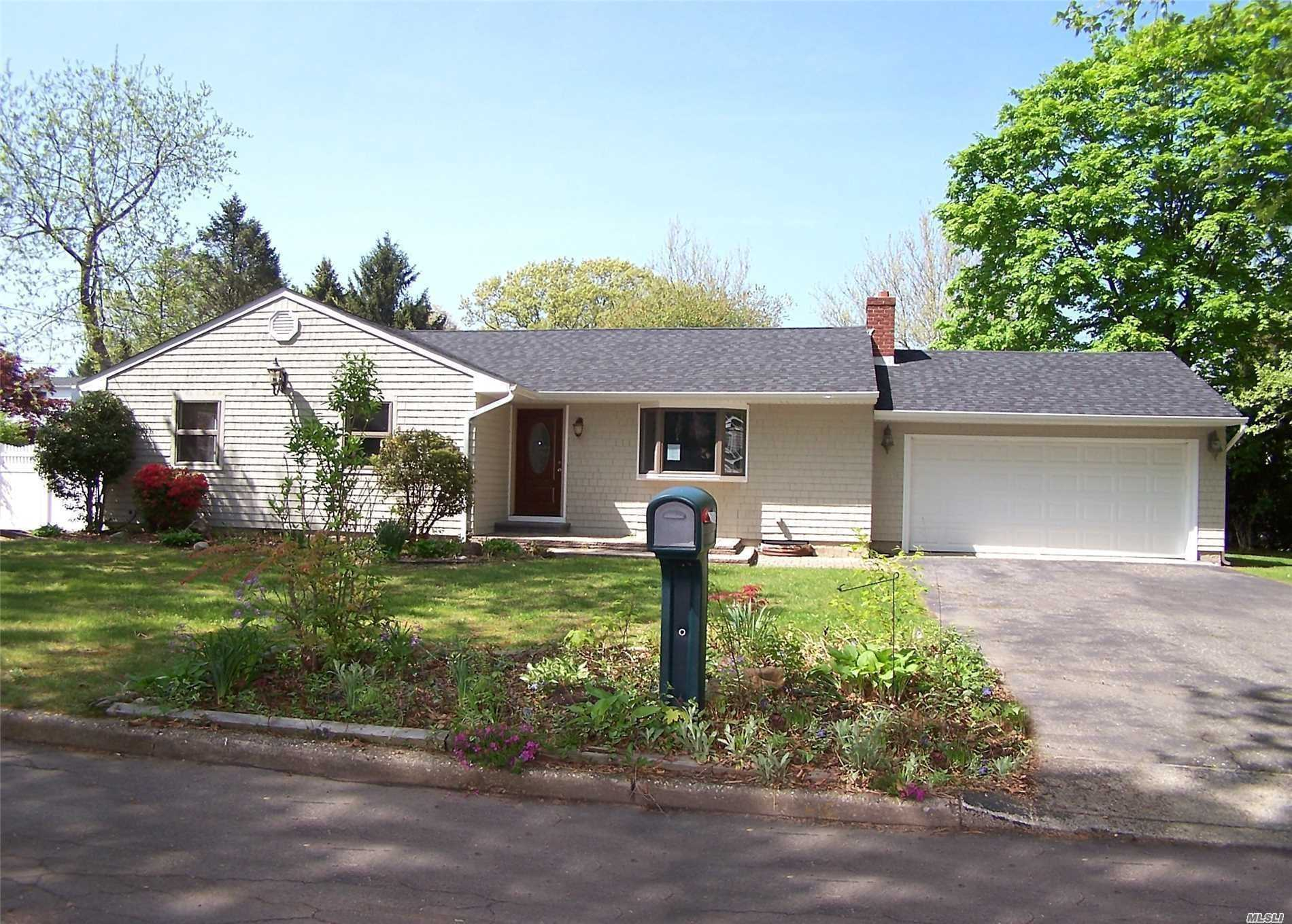 Must See This 3 Bedroom, 2 Bath Updated Ranch On A Quiet Cul-De-Sac. Home Is Open And Airy. There Is A New Roof, And Fresh Paint Throughout.
