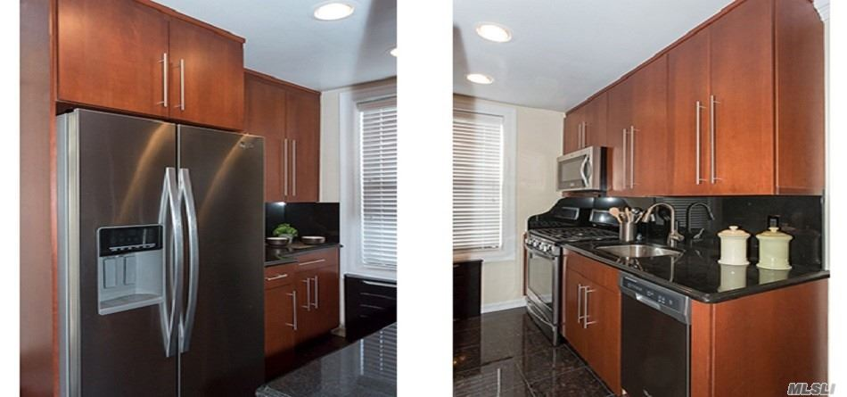 Tuscany Kitchen With Gold Series/Blomberg Appliances, Granite Kitchen Flooring & Granite Counter Tops. Washer/Dryer. Hi Hats, Ceiling Fan, Crown Molding, Two Tone Paint, Marble & Granite Bath, Frameless Shower Doors, Rain Shower Head & 2 Faux Wood Grain Window Treatments. Prices/Polices Subject To Change Without Notice.