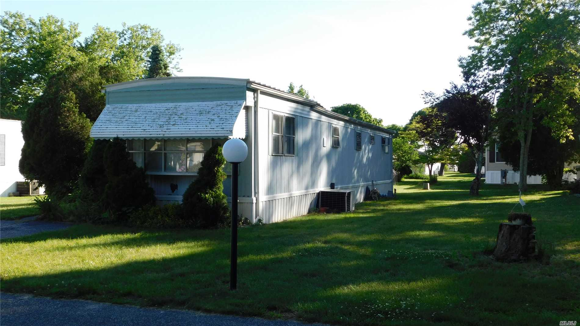 55+ Only - Needs Tlc Great Location.