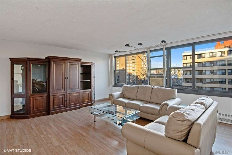Oversized Windows With Bridge And Water Views. Sunny And Spacious With An Expansive South East View From A Very Peaceful Terrace. Large Living Room With Open Concept Kitchen Including Stainless Steel Appliances. Light Wood Flooring Throughout. Parking Space Next To Building. Washer Or Dryer On Every Floor. No Dogs Allowed. Le Havre Amenities: A Fitness Center, 2 Outdoor Pools, 3 Tennis Courts, Clubhouse, Fitness Center, And Restaurant.