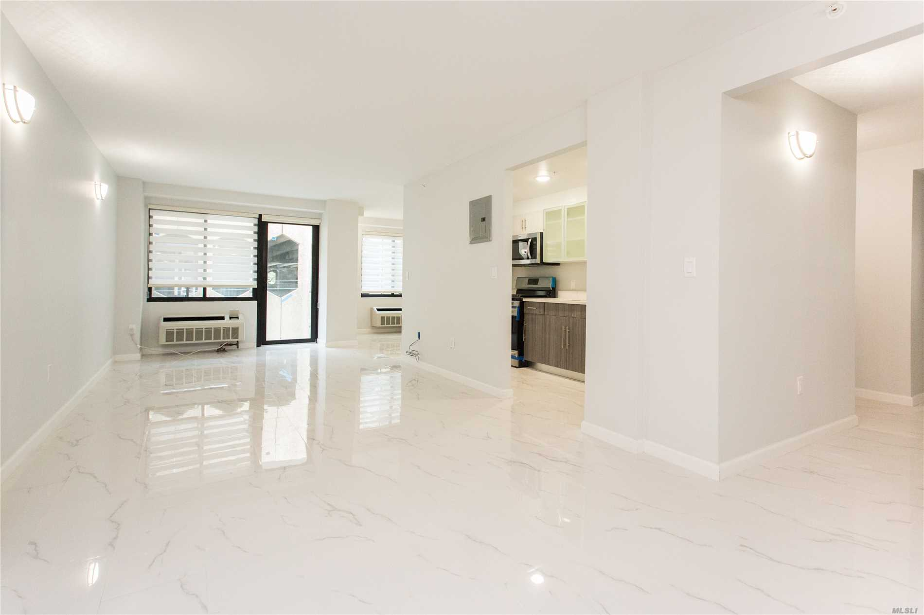 Great Neck. Great Neck's Newest Luxury Doorman Rental Building, In Top Central Location Built W/The Finest Of Finishes. Be The 1st To Live In This Magnificent Building W/Roof Deck, Washer/Dryer In Unit, Garage Parking, Gym And More!