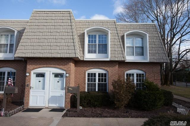 Bright And Sunny One Bedroom Corner Unit. First Floor Unit Semi-Attached. Half Hollow Hills School District. Many Possibilities For A Stunning Accommodating Layout. Plenty Of Closets. Open Floor Plan Concept. Why Rent When You Can Own! Low Maintenance . Laundry Facility On Premises.