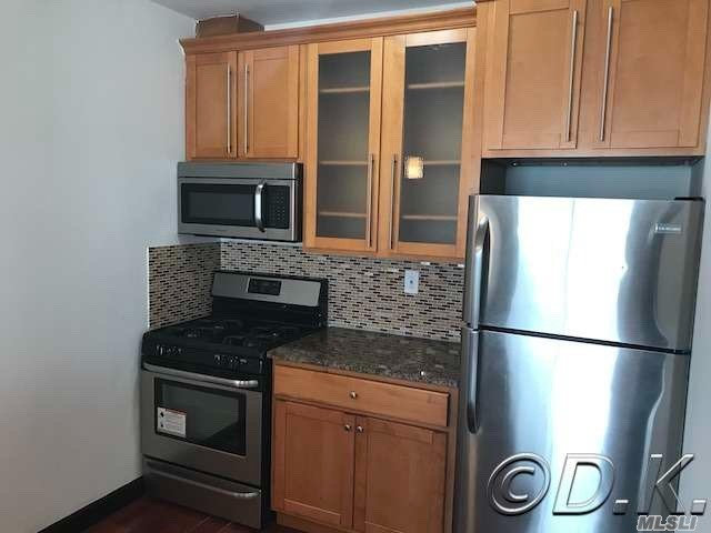 Diamond Condition Direct Oceanfront Apartment In Luxury Rental Building On The Ocean! Completely Renovated W/Hardwood Floors, Granite & Stainless Kitchen, New Bathroom W/ Jacuzzi Tub & Your Own Washer & Dryer In Your Apartment! Comes W/ All Appliances! Pet Friendly Building Has 24 Hour Doorman & Security. Rent Includes Heat, Water & Cooking Gas! Also Included Is Access To The 24 Hour State Of The Art Gym W/ Saunas, Private Beach Club, Game Room, Bike Storage Room & Package Acceptance Service.