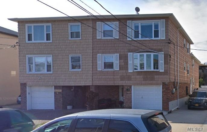 Beautiful Like New. New Kitchen And Bathrooms, Granite Counter Top Ss Appliances. Close To All Mayor Expressway And Parkway, Express Bus To Nyc, Bell Blvd, Little Neck Park, Marina And More.