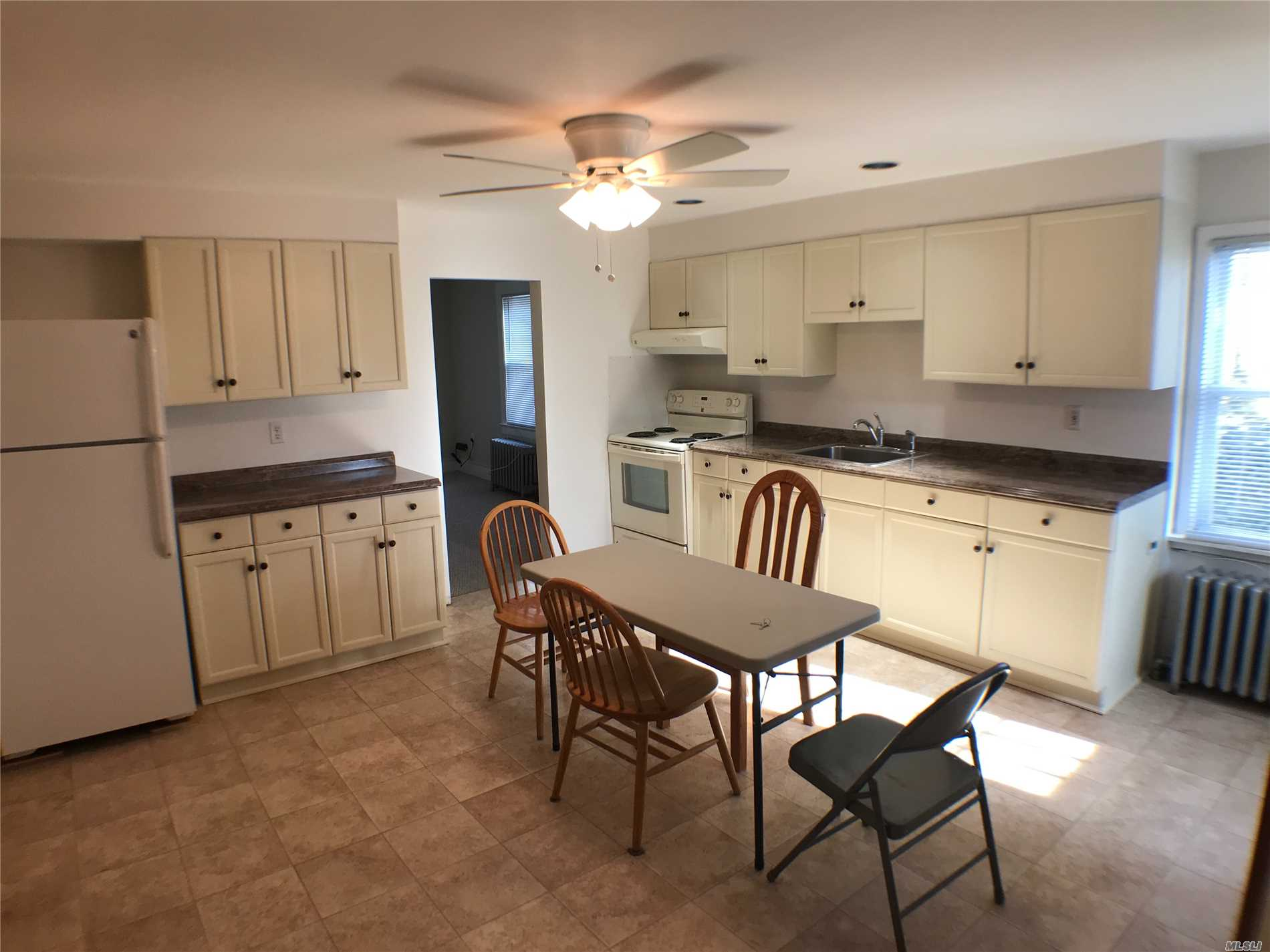 Super Clean 2 Bedroom Apt With An Office, Large Eik, Washer/Dryer, Separate Entrance, Use Of Driveway. 3 Blocks To Syosset Lirr Station, Restaurants And Shopping. 40 Min. To Nyc. No Pets, No Smoking, No Use Of Yard.