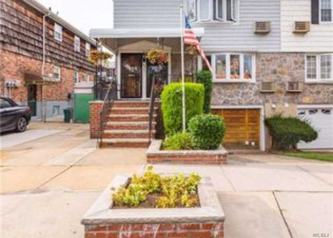 Spectacular 2 Family In The Heart Of Upper Glendale. Basement Has 9 Foot Ceilings With Ose. 1 Car Garage, 2 Private Driveways, 1st Floor Offers 3 Bedrooms, 2 Baths, Lr, Dr, Eik. 2nd Floor Offers 3 Bedrooms, 1 Bath, Lr, Dr, Eik. All Redone. Backyard Has A Deck, Pool And Cabana. Move In Ready, Sliding Door From Bedroom To Yard, A Must See!!