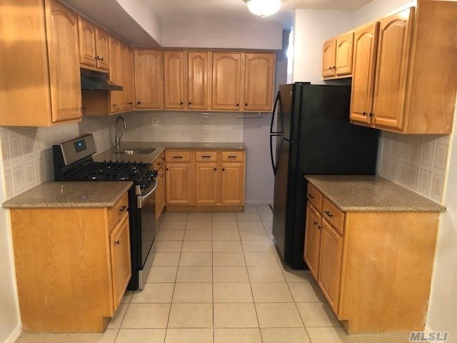 Excellent 2 Bedroom (2nd Floor) Top Floor, Kitchen And Bathroom Are Recently Renovated Shows Really Nice, Granite Countertop, Plenty Of Closets, New Appliances, Separate Dining Area, Nice Size Living Room. Walk To The Q47 Or Q66 Buses, Convenient To The Jackson Heights Shopping Center. Call Now! Don't Miss Out.