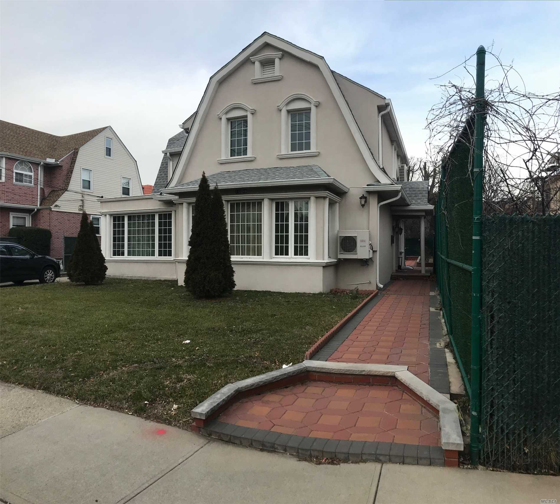 Elegant, All Renovated Single Family House In The Prime Area Of Forest Hills. 50 X 100 Lot House Features A Large Living Room With A Fireplace, Custom Designed Kitchen And Bathrooms, Beautiful Hardwood Floors, Fully Finished Basement With Sauna, Large Backyard And Detached Garage. Excellent Location, Close To Transportation, Shops, Schools.