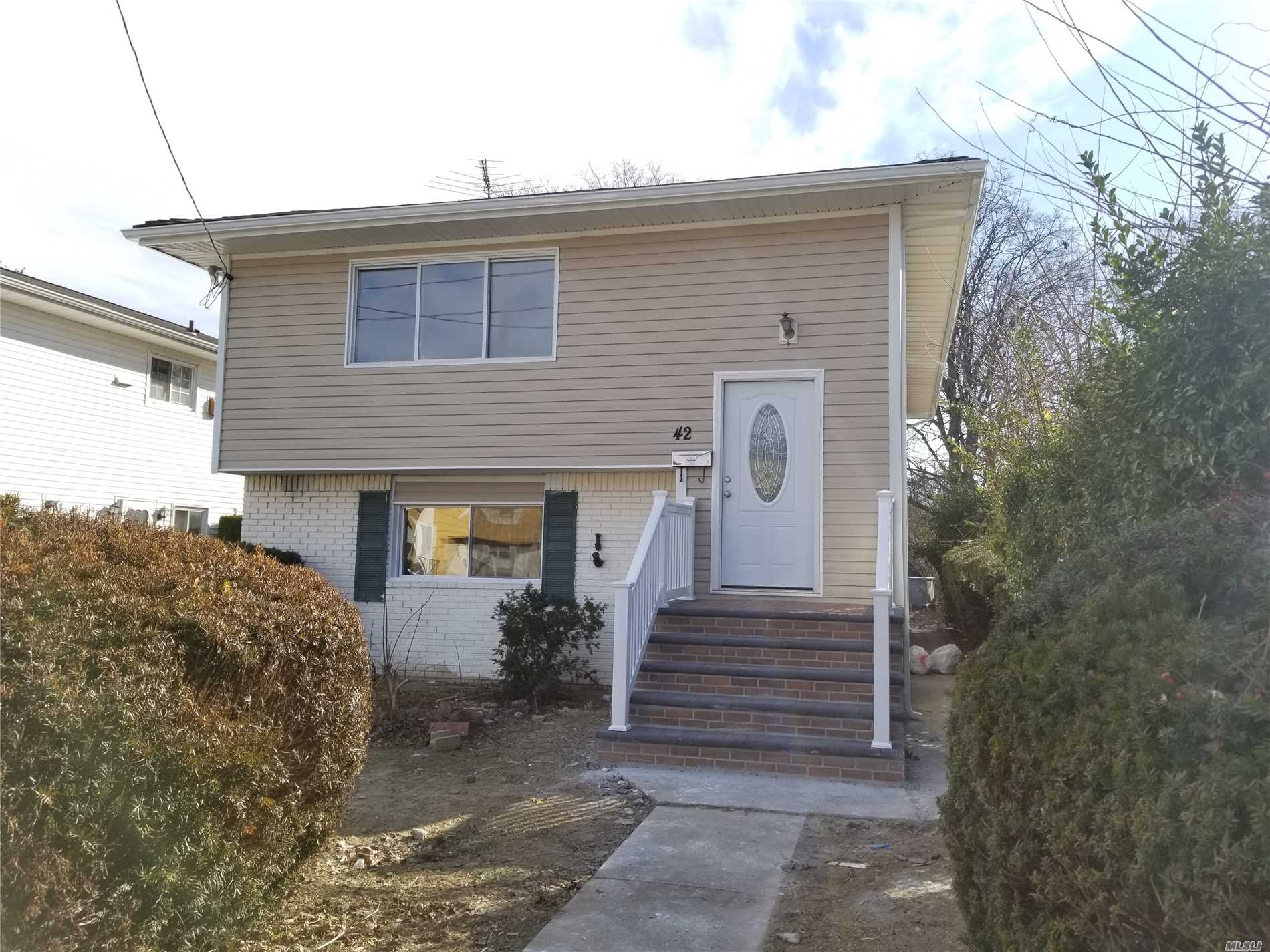 Newly Renovated Home For Sale. Beautiful Granite Kitchen With New Stainless Steel Appliances! 3 Bedroom 1 Bath With Finished Basement And Full Bathroom. Huge Backyard As Well.