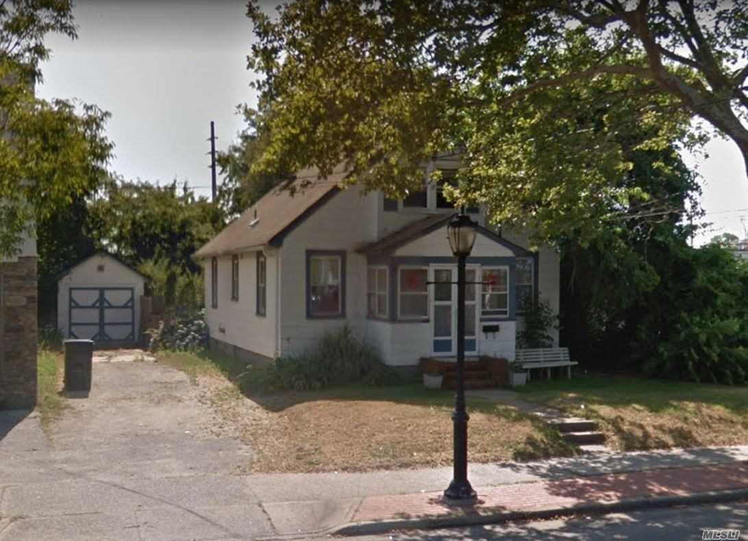 Great Home Office Professional Location Office Or Can Be Legal 2 Or 3 With Modification. Must Check With Town. Zoned Business 1. Nice Yard With Oversized Garage.
