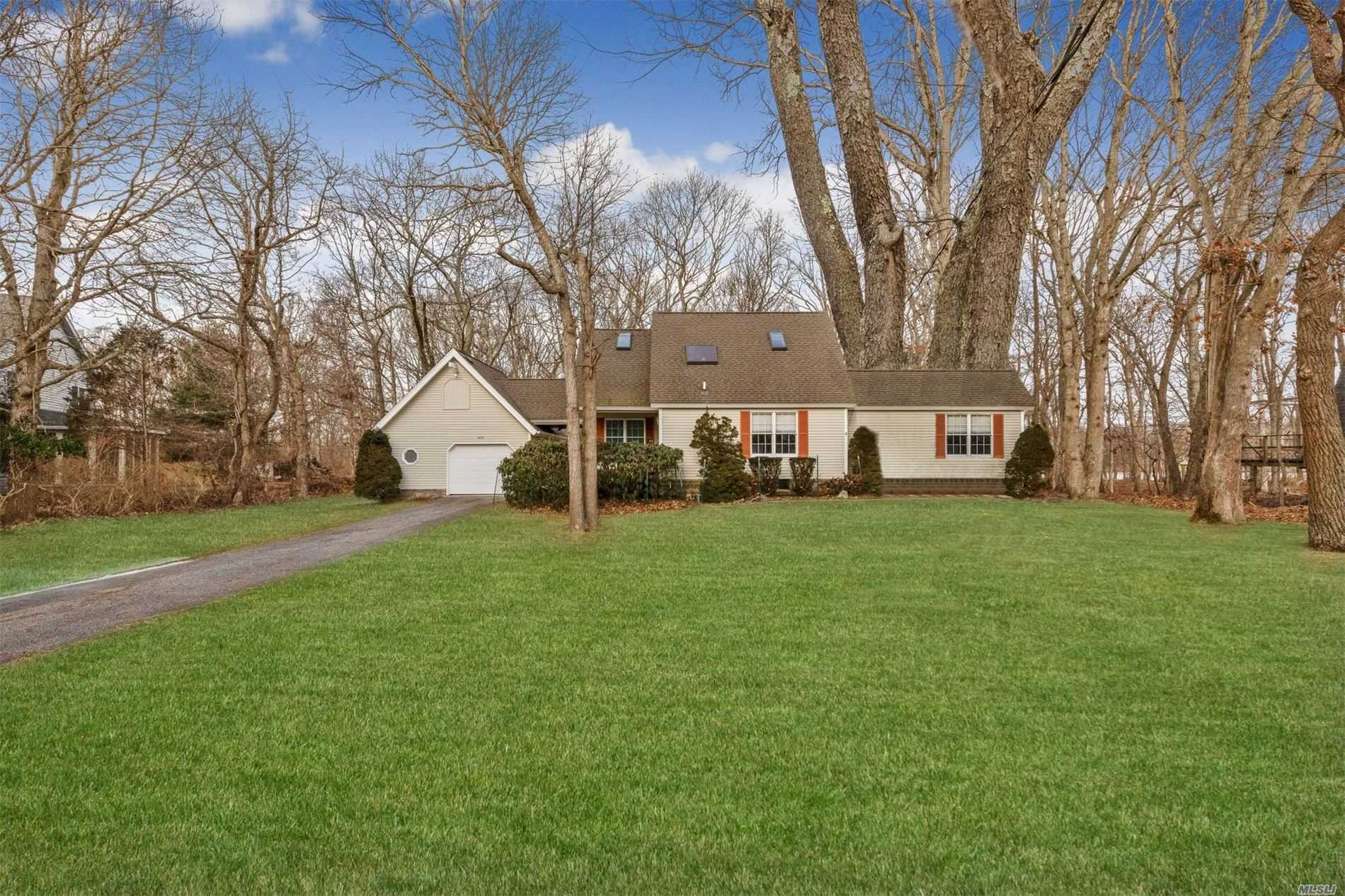 Southold Shores Private Beach Community. Immaculate Cape Style Home Features 2 Bedrooms, 2.5 Baths With Water Views, Deeded Beach And Docking On A First Come First Serve Basis.