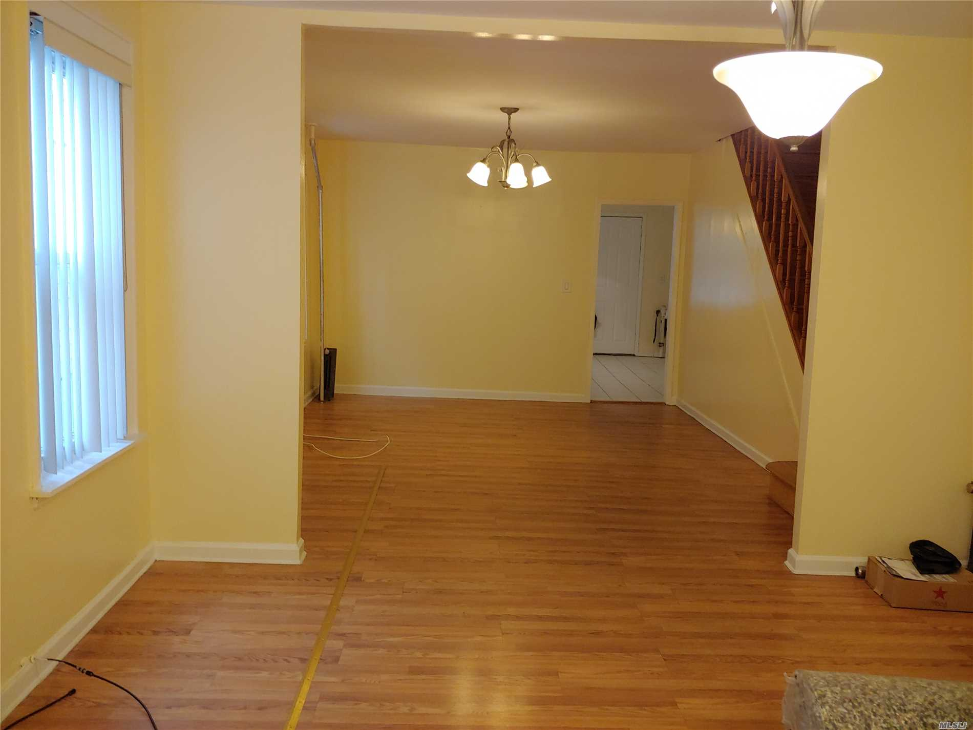 Whole House For Rent, Freshly Painted, Garage, 2 Blocks Away From Queens Blvd.