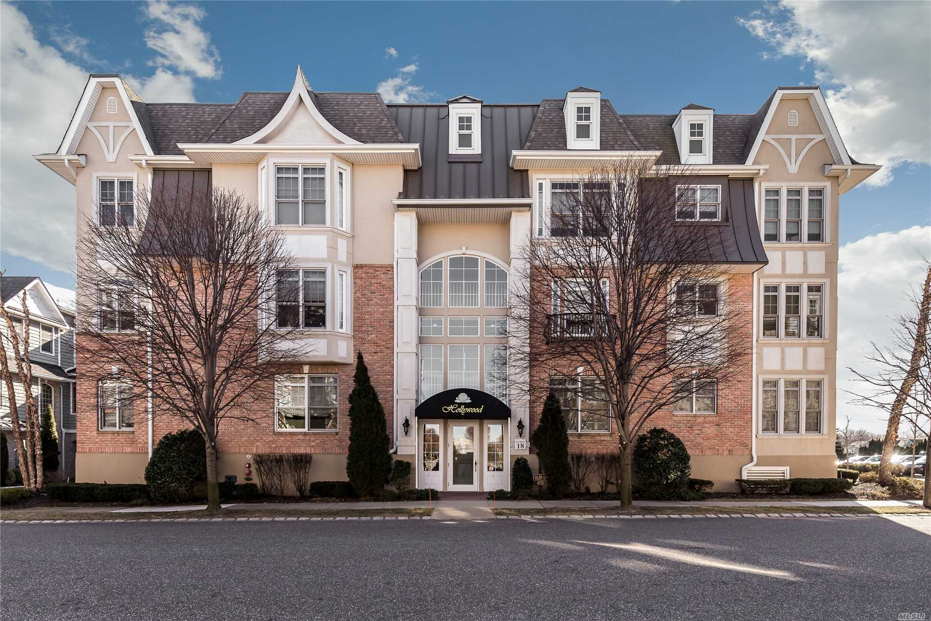 This Diamond 2 Bd/2Bth Essex Unit Has The Most Magnificent Resort-Like Views Of The Pool, Pond & Fountain! This 3rd Floor Unit Is Cheerfully Filled With Sunshine And Has Unobstructed Views In Every Direction! Impeccably Designed And Appointed, This Home Boasts Gleaming Wood Flrs, Maple Cabinetry & Granite Tops W/Ss Appl, Spacious & Elegant Mstr Suite W/Jacuzzi Tub & Shower, Custom-Fitted Walk-In Closets, Lovely 2nd Bedrm & Full Bath W/Jack-N-Jill Doors, Lndry Rm, Terrace, Fabulous Amenities!