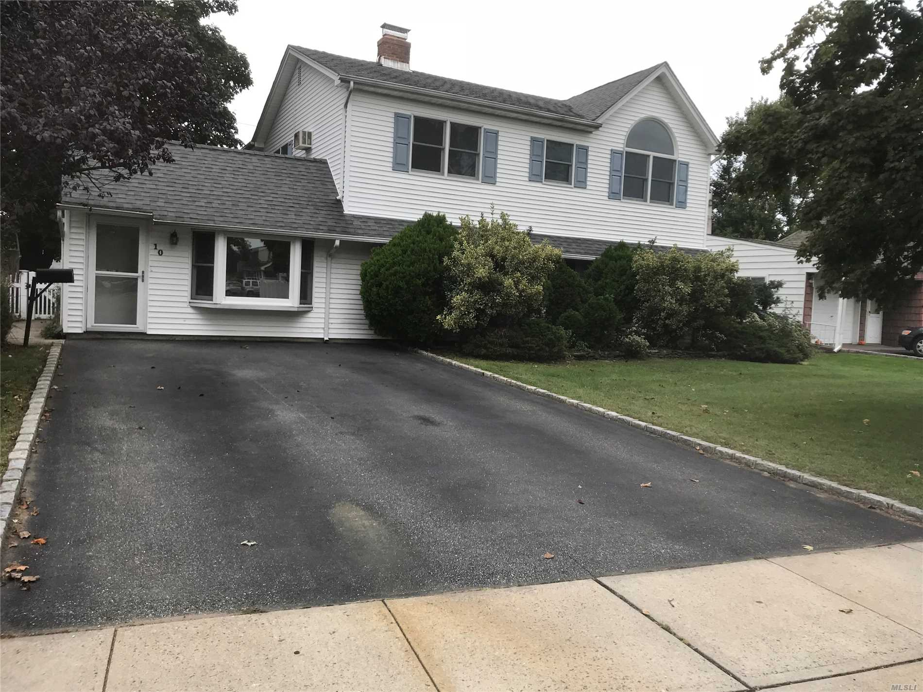 7 Bedrooms, 3 Full Bath, Colonial, 4 Car Driveway. Completely Renovated With New Kitchen With Ss Appliances, Granite Countertop, Wood Floors. Move In Condition