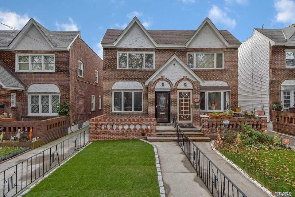 1 Fam Brick Home In Mint Condition With Excellent Garage And Driveway