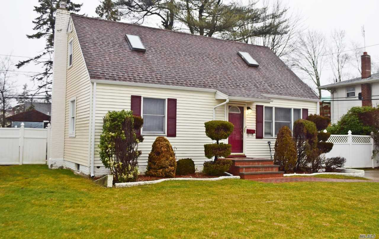 Beautiful 4 Bedroom, 2 Bath Cape. Updated Kitchen, Crown Molding, Granite Counter Top, S.S Appliances. New Bathroom, Hardwood Floors, New Roof, New Siding, Private Yard, Great For Entertainment. White Pvc Fencing. Close To Shopping And Public Transportation. Must See!