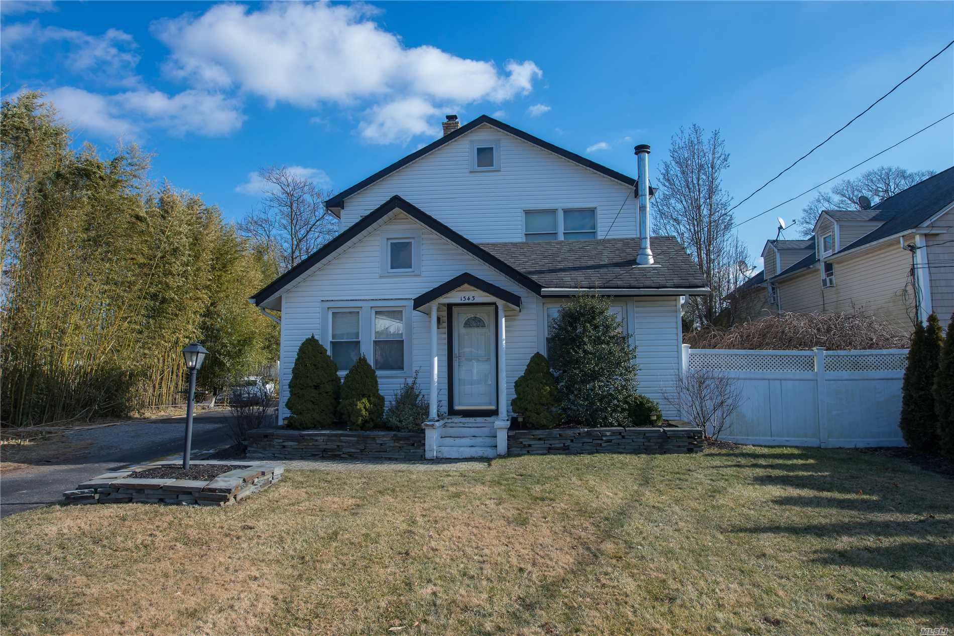 This Charming Colonial Offers Open Living Space, Large Living Room With Vaulted Ceilings, Updated Kitchen With Granite Counter Tops & Stainless Steel Appliances, Formal Dining Room, 2 Bedrooms And 2 Full Baths. Plenty Of Room For Mom. Park Like Property. Connetquot Schools