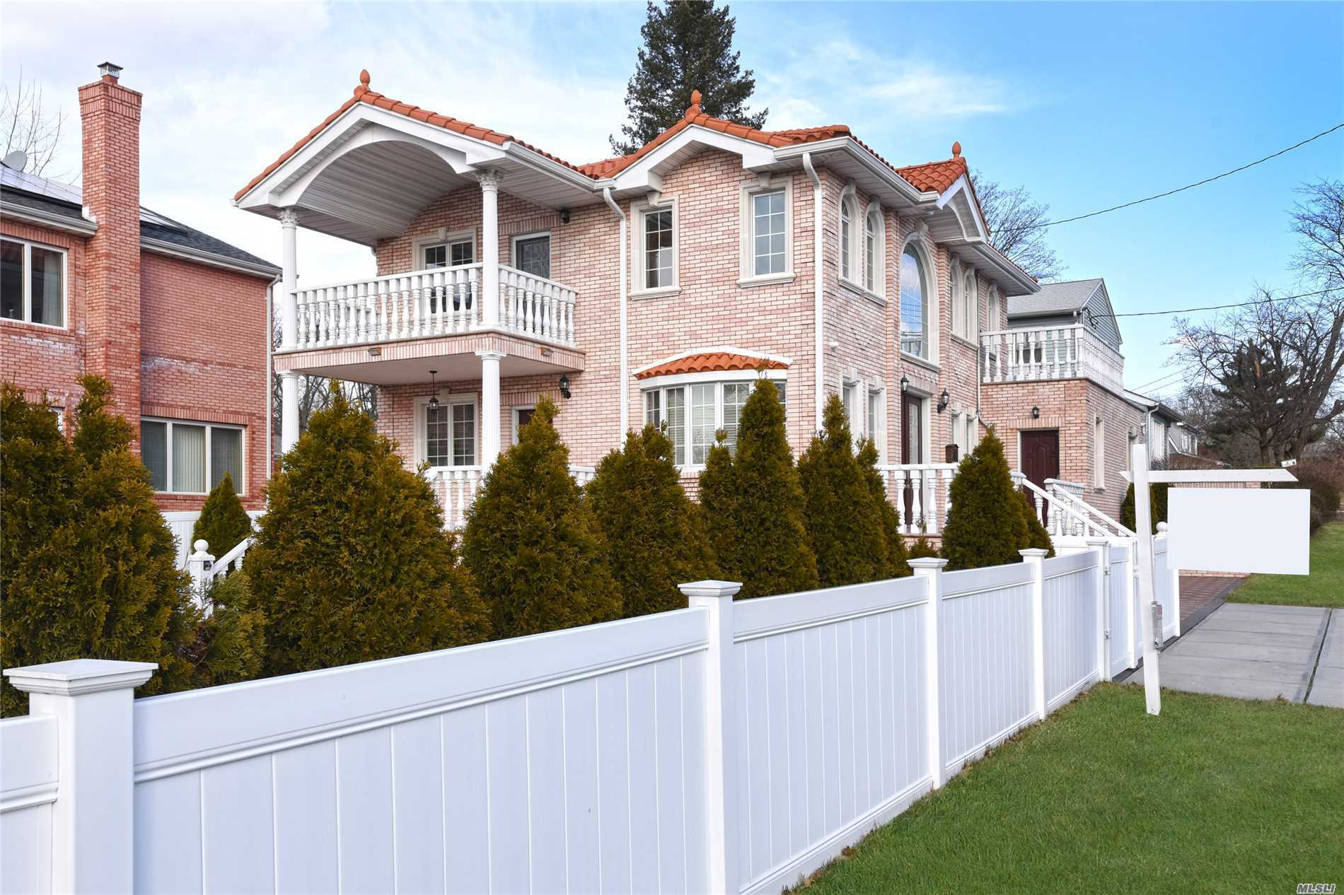 This Luxurious Custom-Built Colonial Offers 3, 300 Sqft Of Designer Living Space With Incredible Craftsmanship And Exquisite Architectural Details. This Home Features 4 Spacious Bedrooms, 3.5 Custom-Designed Baths, Theater Room. A Perfect Combination For Daily Luxury Living And Great Entertaining. Conveniently Located Only 2 Blocks To Northern Blvd For Public Transportation, Shopping And Dining. School District 26