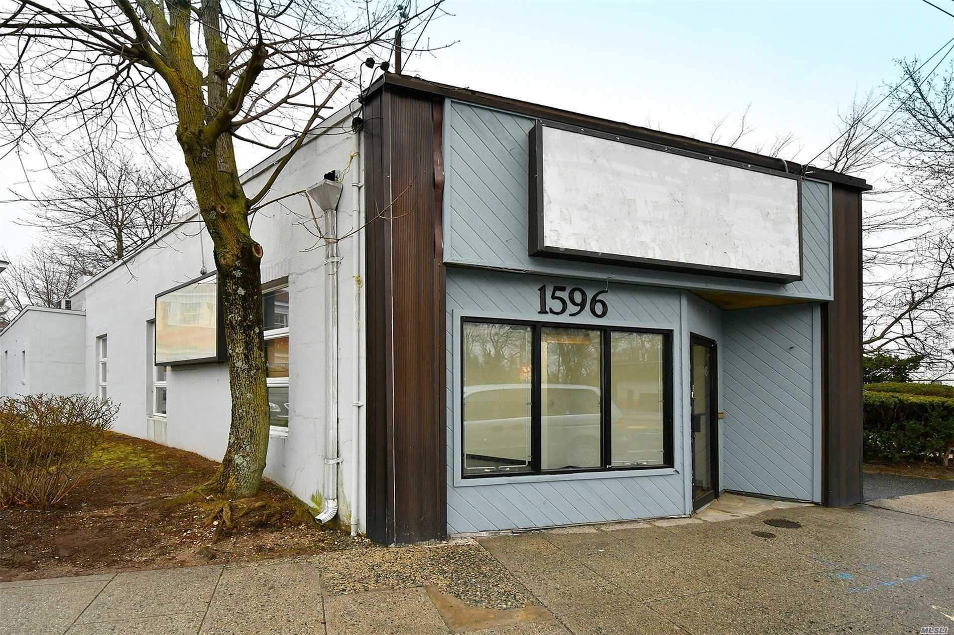 Free Standing Building Ready For Immediate Occupancy, Clean And Spacious. Full Finished Basement, Perfect For Accountant, Insurance Agency, Retail, Hairstylist Or Real Estate, Banks On Either Side, 1600 Square Feet, Great Visibility, Minutes To Amazing Huntington Village And The Lirr!