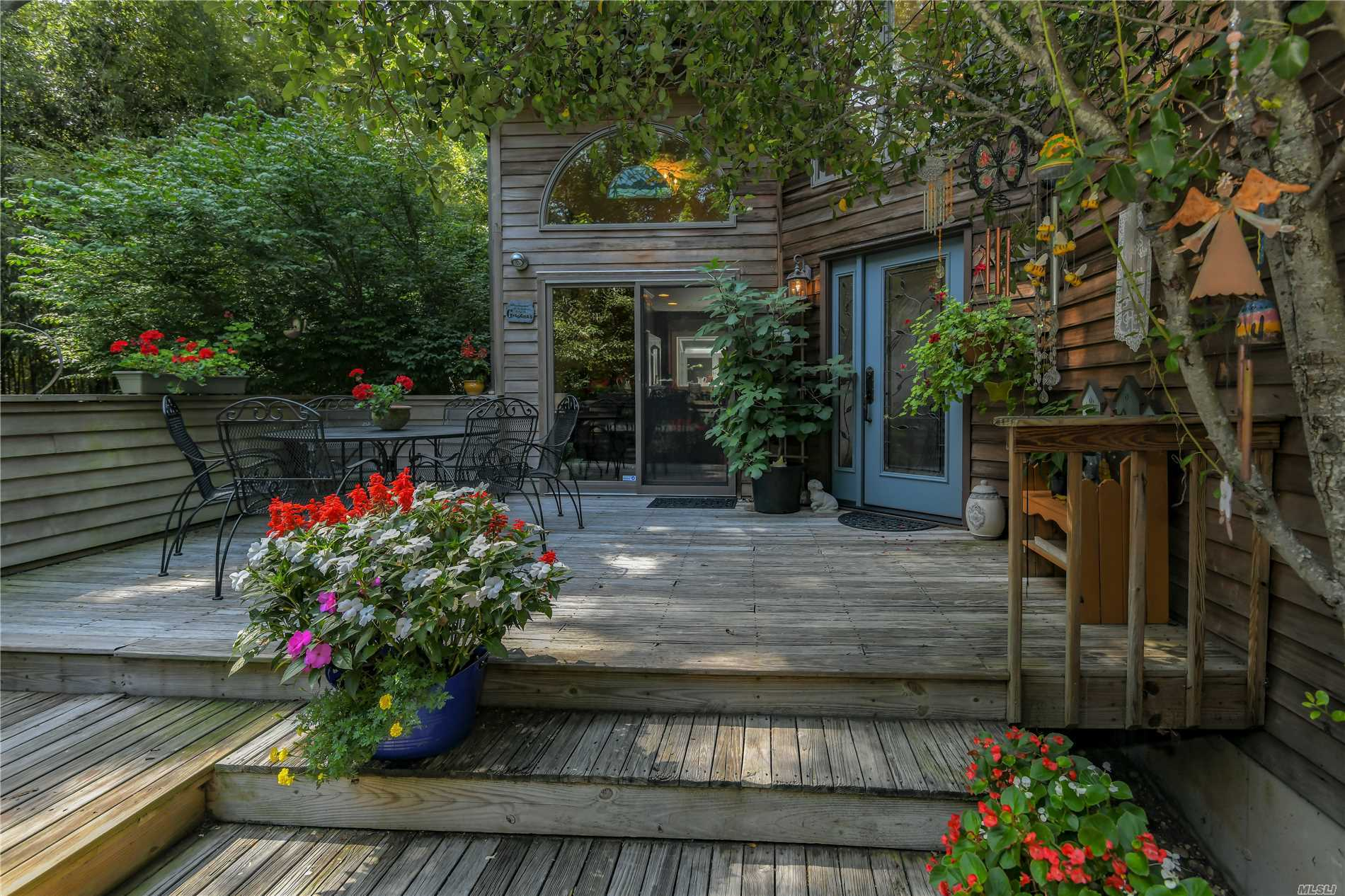 Privacy, Trees And An Artist Studio Are Just Some Of The Features This Traditionally Decorated Home With A Rustic Exterior Offers. Designed For Low Maintenance And Entertaining, This Is The Perfect Weekend Getaway. Close To Goose Creek Beach And Everything Else The North Fork Has To Offer!