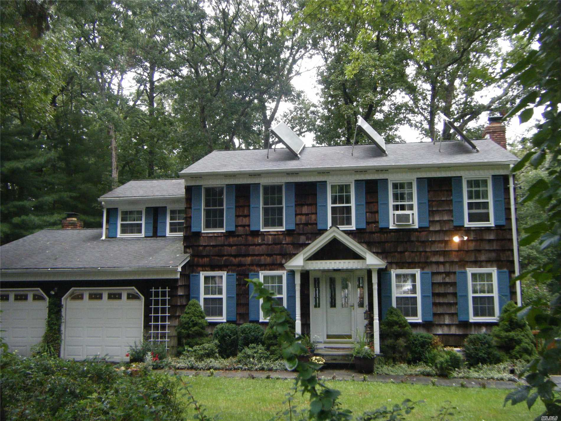 Spacious Colonial In The Midst Of Farms & Wineries. Large Custom Kit.W/Cherry Cabinets, Corian & Sliders To Deck & Patio.Din Area/Sunroom, 2 Fpls., 1 Wood & 1 Gas Fpl. In Den. Mast Bth, Wp Tub In Guest Bth., Custom Moldings, All Oak Fls, Hi Hats, Attic Fan, Fin. Bsmt, 2.5 Car Garage, Owner Owned Solar Panels For Hot Water, Lovely Pvt Yard W/In Ground Pool, Igs, Fish Pond W/Waterfall & Ig Elect.Dog Fence.