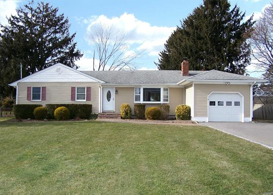 FLASH SALE!!!! PRICE REDUCED $10, 000 UNTIL 6/26/19 CONTRACT MUST BE SIGNED BY 6/26. SELLERS MOVING OUT OF STATE. Move In Ready 3 Bedroom Ranch In Historic, Southampton Side Of Eastport. This Beautiful Home Features A Newly Painted LR, DR, Den And Newly Updated Kitchen Which Features Granite Countertops, SS Appliances, Breakfast Bar, Hardwood Floors Throughout, Beautiful Brick Fireplace, Garage, Partially Finished Basement. Taxes With Star Under $8000,  Minutes From Hamptons.