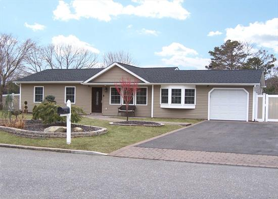 Remarkable! Totally Redone Top To Bottom, Everything New In The Last 4 Years, Maple Cabs/Granite, Hi -Hats, Vaulted Ceiling, All Pella Windows, Newer Baths/Roof/Siding/Heating(Navian Hi Eff)/Floors/Igp/Eik, Brand New Salt Water Igp(Color Led)200Sf Paver Patio, Paver Walkways, 2 Sheds, For The Most Discerning Buyer
