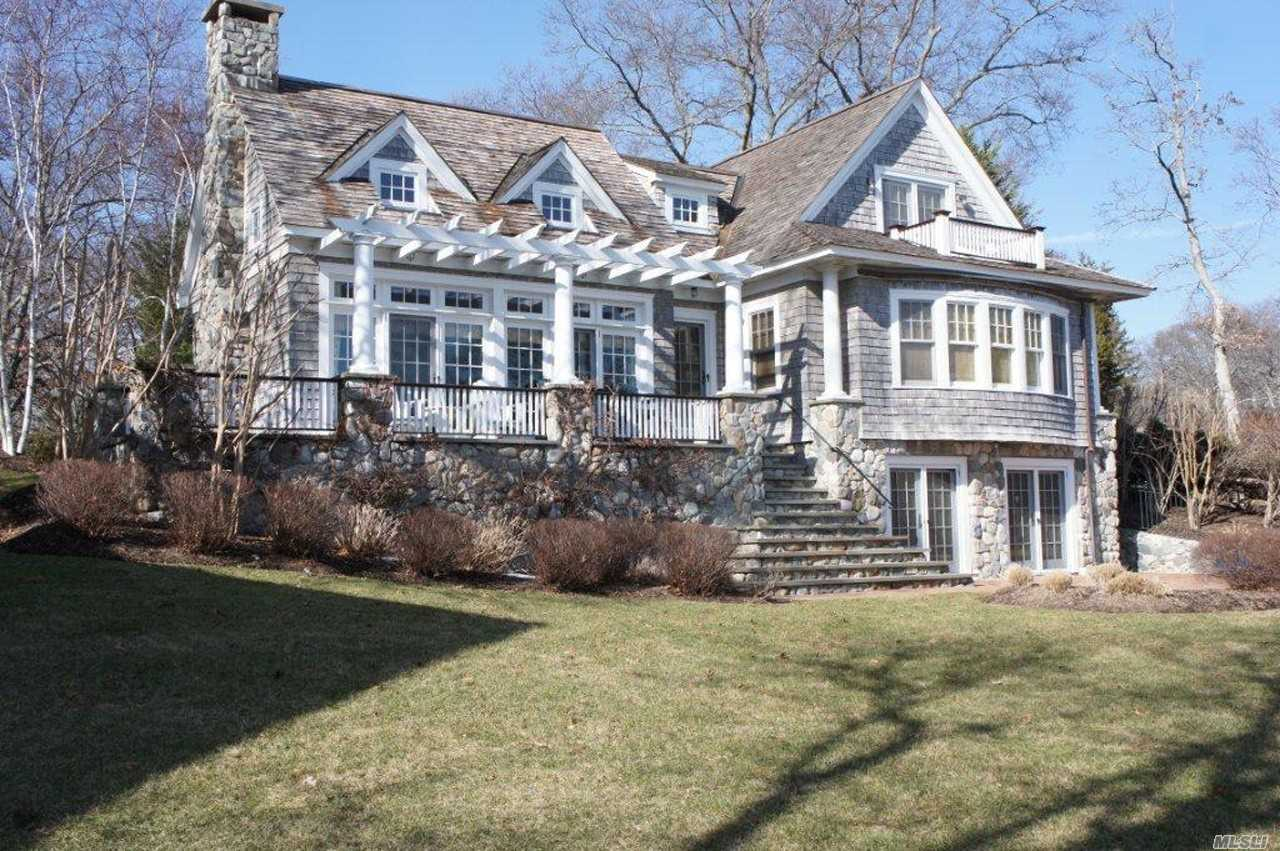 Exquisite Waterfront Home In Gardiners Bay Estates Open Access/Views To Bay. Private Bay Beach. 130' Bulkhead