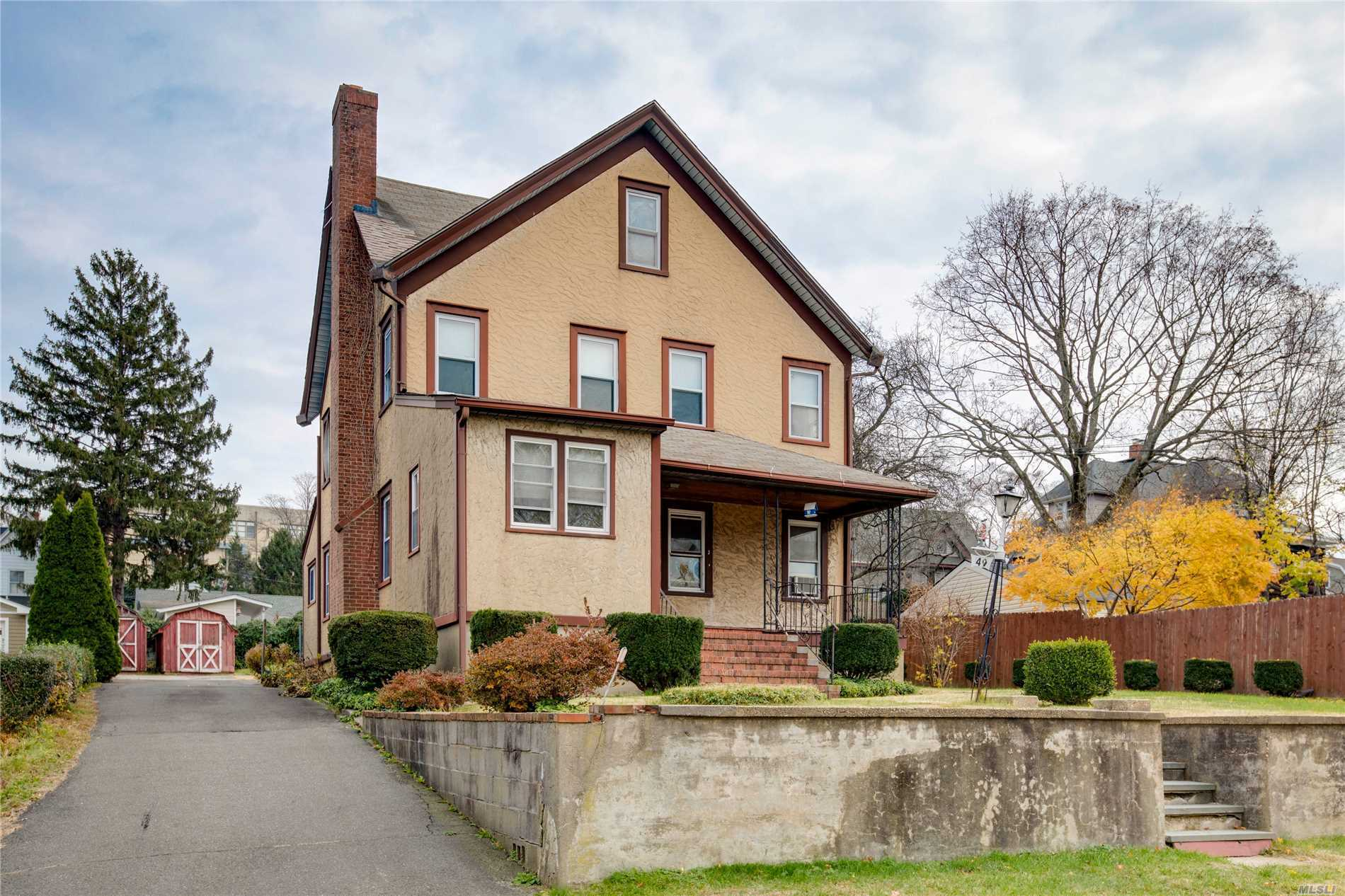 2-Family Home In The Heart Of Oyster Bay. 5 Bedrooms, 2 Full Baths. Full Basement With Outside Entrance. Large Yard. Great Potential