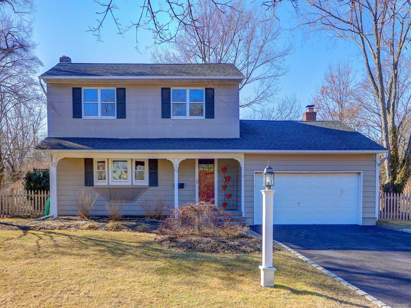 Come See This Wonderful Colonial Located In Commack Schools! Mid Blk Location Set On 1/2 Acre! This Home Has So Much To Offer, 3 Bedrooms, 2 Full Uptd Baths, Lge Uptd Eik, Liv/Dining Room.Family Rm W/Fp/Wood Stove Insert.F/Part Finished Basement.Sunroom Which Overlooks Beautiful Backyard W/Inground Pool And Deck. Gas Heat/Cooking, Hd Wd Floors, Cvac, Ing Sprinklers.Att 2 1/2 Car Garage..Close To Shopping, Schools, Train Stations, Major Roads. Indian Hollow Elem, Burr Interm. Schools!