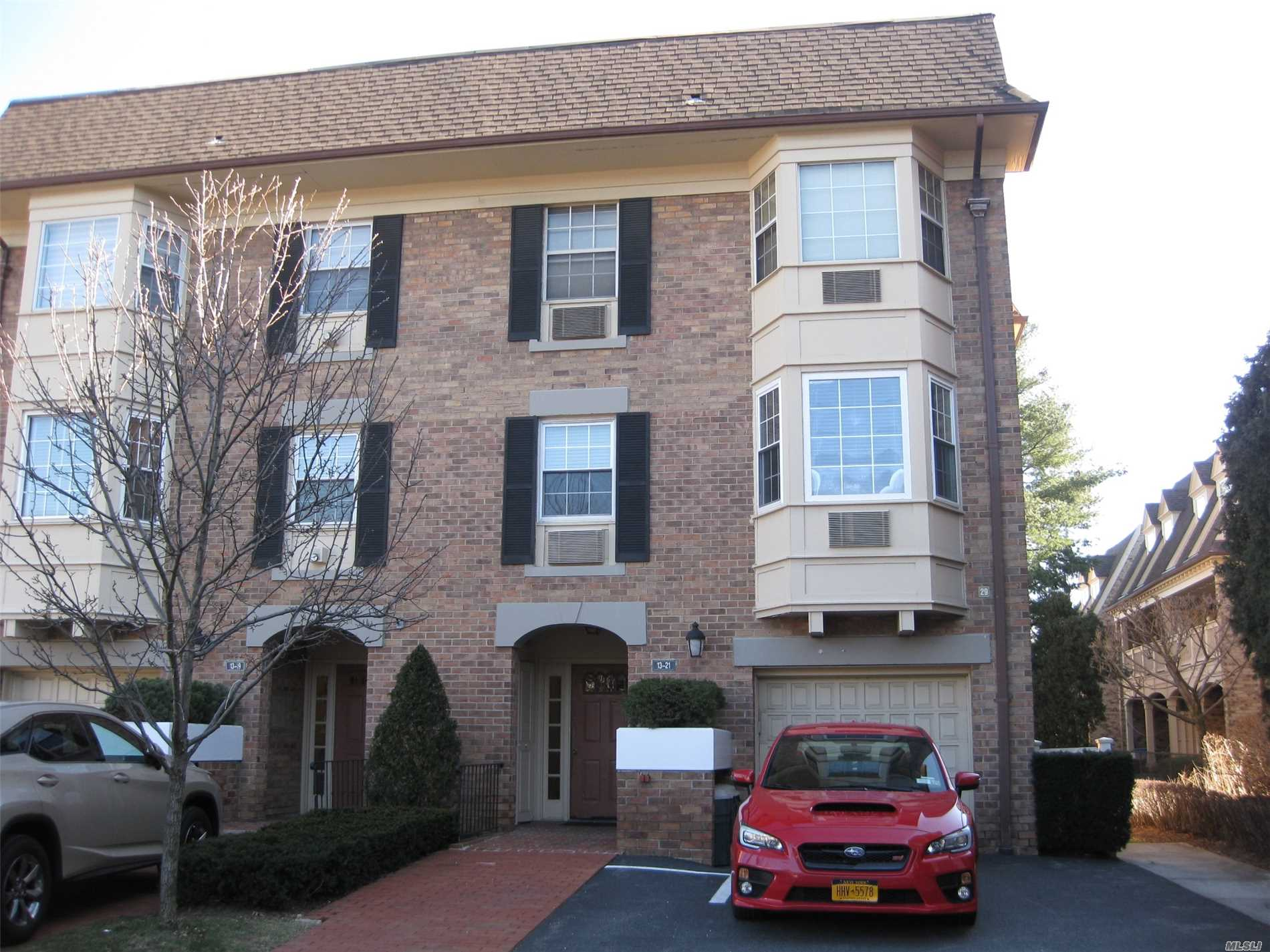 Prime Location, Corner Unit, Totally Renovation Top Of The Line Material & Appliances, Brazilian Cherry Wood Floor Through Out, Terrace, Bay Window, Gated Community, Club House, Indoor- Out Door Pool, Tennis Court.