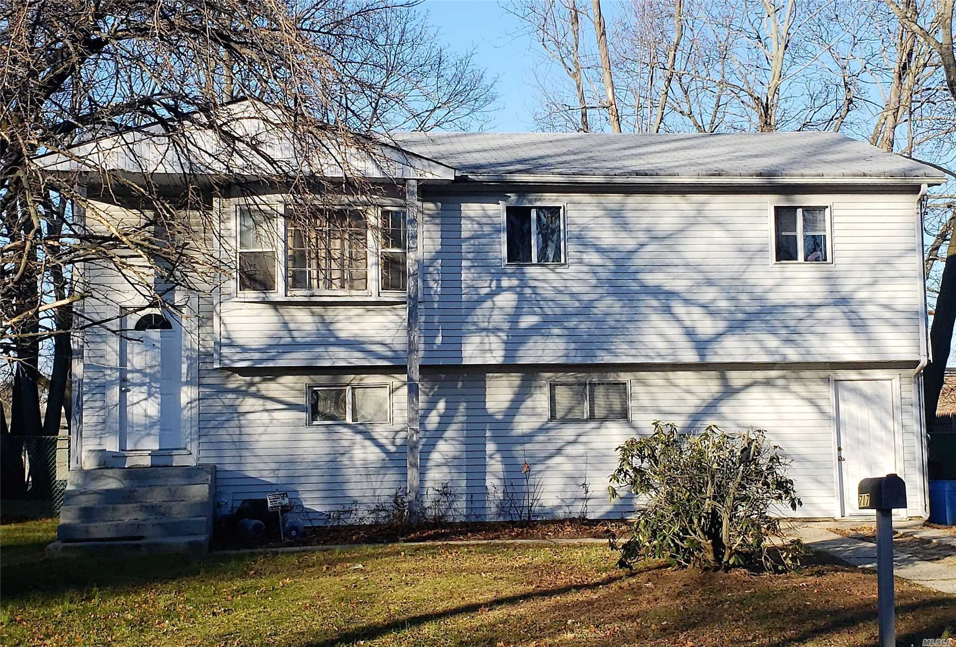 Great Opportunity To Own! Large Home With Room For Mom.