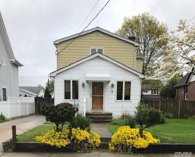 Impressive Wood Craftsmanship with an Open Floor Plan. Features 3 Bedrooms, 2 Full Bathrooms and a Full Basement to make it your own! Rockville Centre Inc. Village Amenities and Oceanside Schools. A 1.5 Car Garage With Attached Covered Porch and Backyard Completes This Comfortable Home!