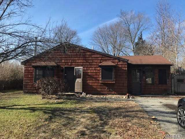 Approved Short Sale. Needs Tlc, Good Bones, Good Quiet Area, Cash Or 203K. Looking For Fast Deal.