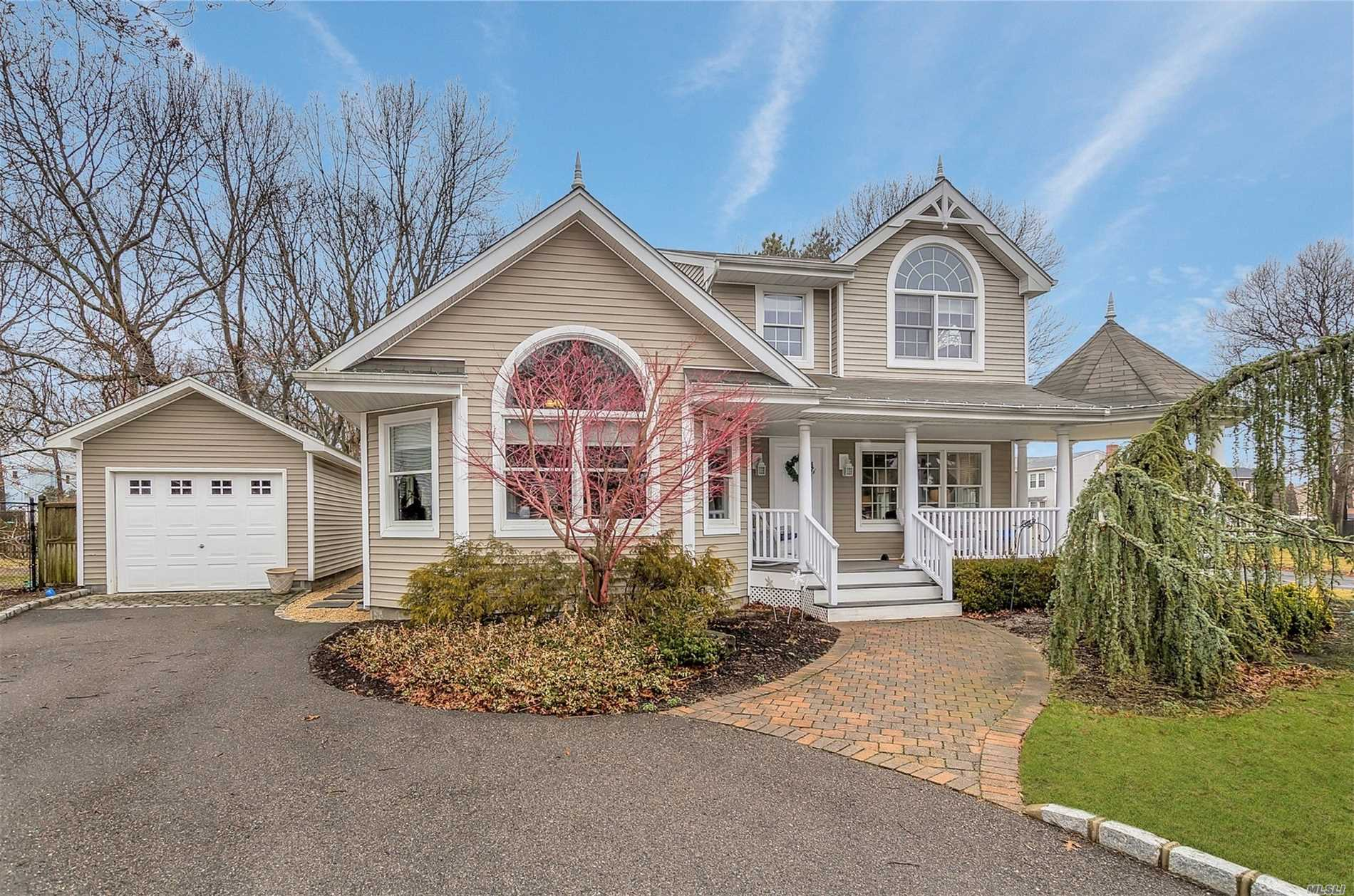 Fabulous Victorian With New Quartz Kitchen, Custom Woodwork Throughout, New Bath, New Laminate Flooring, Andersen Windows, Light & Bright With Walls Of Windows And Cathedral Ceilings! Southern Exposure! Move In Condition.